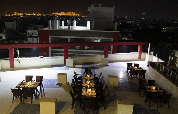 Restaurant Hotel Royal Dezire